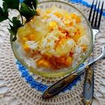 Салат с рисом, кукурузой и ананасом