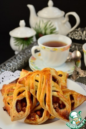 Рецепт Мега-хрустящие слойки со сливами
