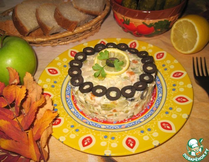 Рецепт: Салат из кальмаров с овощами