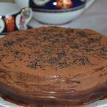 Ванильный бисквит с шоколадным кремом