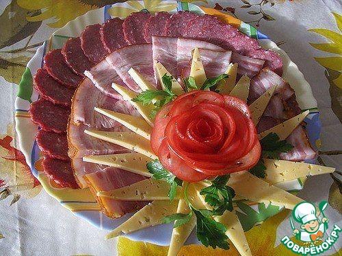 фото нарезка на праздничный стол
