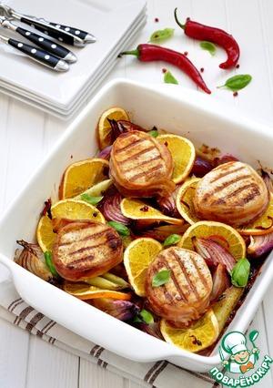 Рецепт Медальоны из свинины с красным луком и апельсином