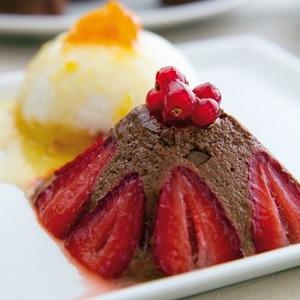 Рецепт Шоколадный мусс с клубникой