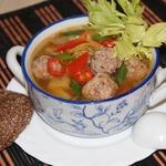 Суп с китайской капустой и фрикадельками