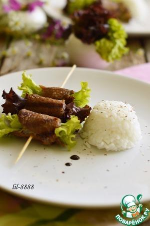 Рецепт Свинина гриль с салатом на шпажках