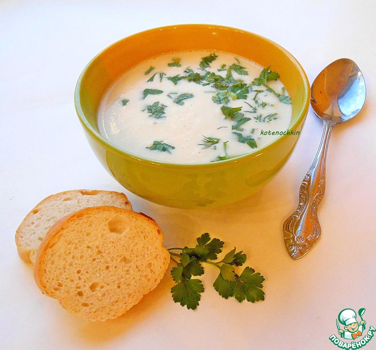 Суп с плавленным сыром и копченой