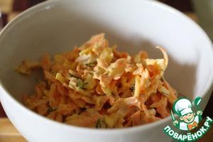 Рецепт Легкий морковный салат с сыром и чесноком
