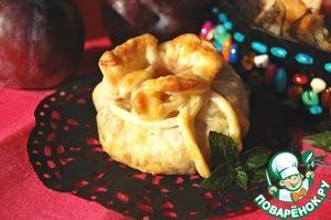 Рецепт Пирожки из пьяных слив с клюквенным марципаном