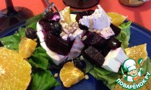 Рецепт Салат с запеченной свеклой и козьим сыром