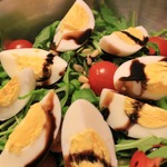 Салат с тунцом и зеленью