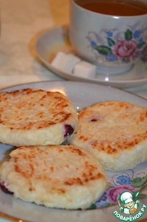 Рецепт Сырники творожно-рисовые с вишней