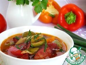 Рецепт Свиные ушки с красной фасолью, овощами, оливками и копчёными колбасками