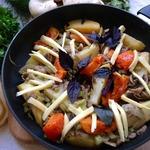 Шампиньоны с сельдереем и овощами