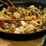 Кальмары с овощами по-китайски