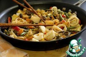 Рецепт Кальмары с овощами по-китайски