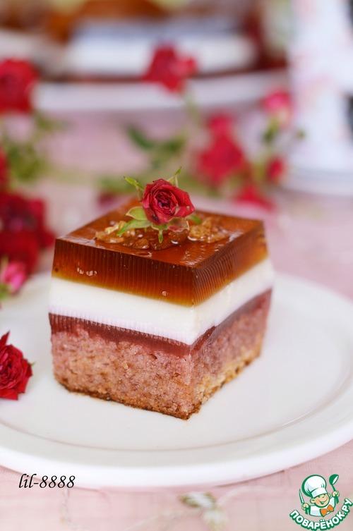 """Пирожное """"Малиновая роза"""""""