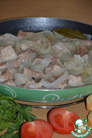Рецепт Свинина с луком в собственном соку