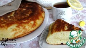Рецепт Жаренный пирог на кефире с сыром и луком