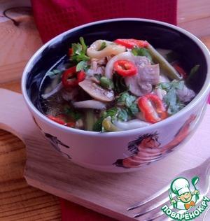Рецепт Похлёбка из курицы с кальмаром, грибами и стручковой фасолью