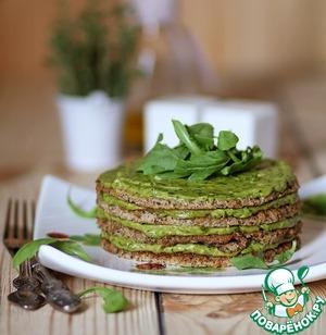 Рецепт Закусочный торт из гречки с кремом из авокадо и рукколы