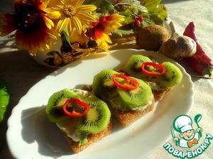 Рецепт Чесночные гренки с киви (плюс рецепт ржаного хлеба на сыворотке для них)