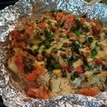 Треска под соусом из овощей и сметаны