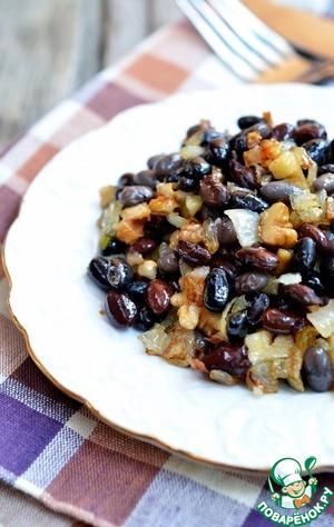 Рецепт Салат из фасоли с орехами