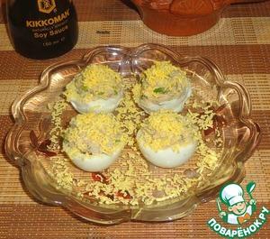 Рецепт Яйца с курагой и рыбным паштетом