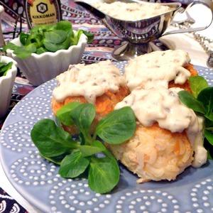 Рецепт Тефтели из лосося в сливочно-грибном соусе