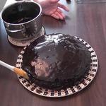 Блестящая шоколадная глазурь для тортов и выпечки