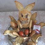 Пасхальный заяц с маком и грецкими орехами