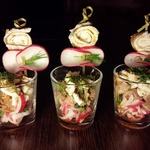 Салат со свининой в шотах