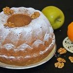 Греческий кекс с яблоком и орехами