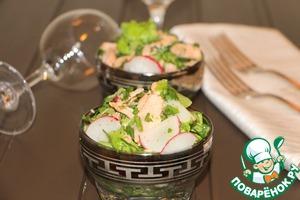 Рецепт Зеленый салат с горбушей и редисом
