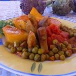 Артишоки с картофелем и зеленым горошком