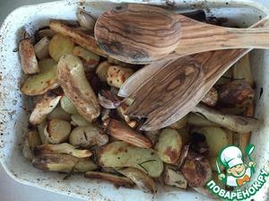 Рецепт: Козлобородник, запеченный с картофелем и чесноком