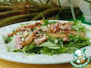 Рецепт Салат с копченой курицей и грушей фламбе
