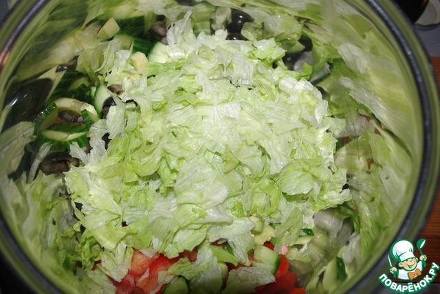 Салат нежный с тунцом