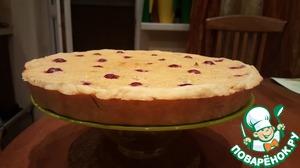 Рецепт Пирог открытый с айвой, вишней и грецкими орехами