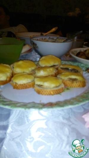 Рецепт Быстрые бутерброды с шампиньонами