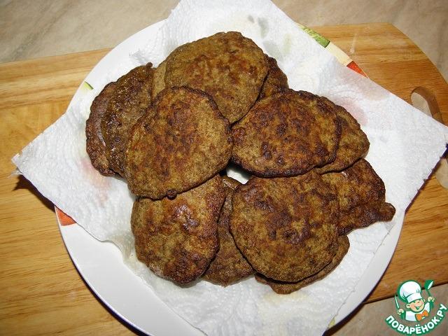Печеночные оладьи с майонезом и чесноком рецепт 52