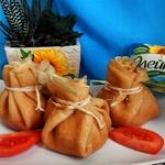 Мешочки с куриным салатом