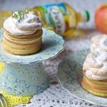 Пирожные из блинчиков и яблок
