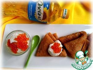 Рецепт Гречневые блины на томатном соке с творожно-сырным соусом и икрой
