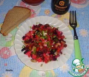 Рецепт Овощной салат с фасолью и изюмом