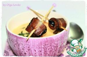 Рецепт Крем-суп с рисом и черносливом в беконе