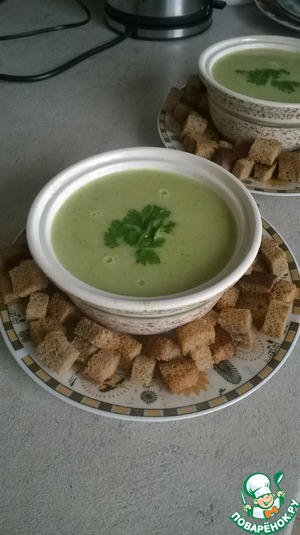 Рецепт Суп-пюре из брокколи с домашними сухариками
