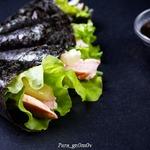 Темаки-суши с курицей и ананасом