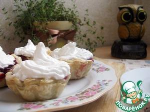 Рецепт Брусничные корзинки под сладкой шапочкой