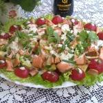 Салат с горбушей и овощами